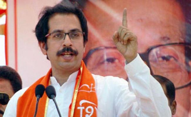 Shivsena Comments On Sharad Pawar And Mayawati Over Not Contesting Lok Sabha Polls - Sakshi