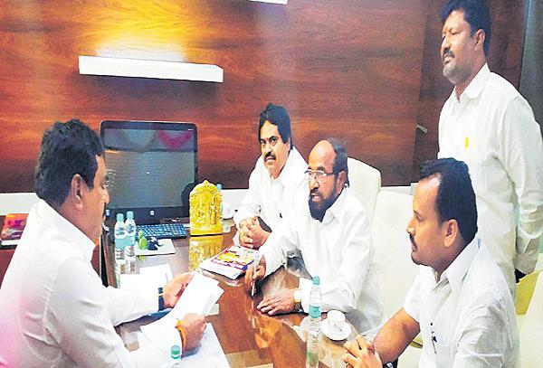 R Krishnaiah Comments On Panchayat Raj reservation - Sakshi