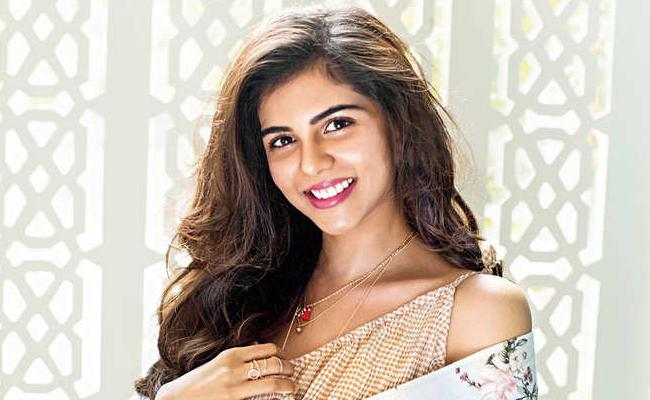 Kalyani Priyadarshan Has Been Cast in Simbu Maanadu - Sakshi