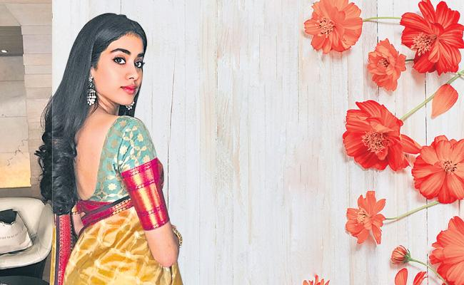 Funday special chit chat with jhanvi kapoor - Sakshi