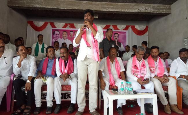 Balka Suman Election Campaign In Manthani - Sakshi