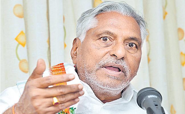 Jeevan Reddy slams TRS for non fulfilment of election promises - Sakshi