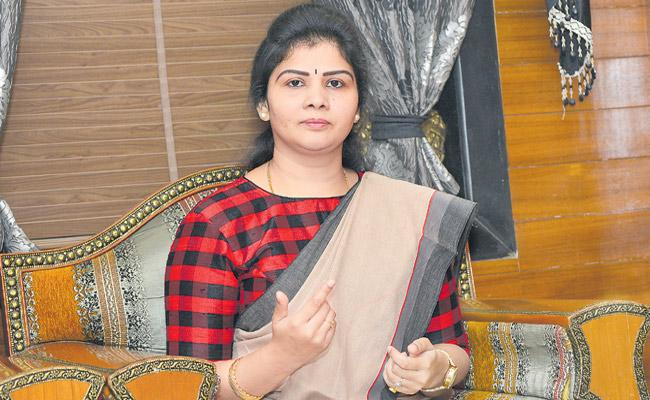 Shweta Shetty is the newly emerged National Womens Party chairperson in Delhi - Sakshi