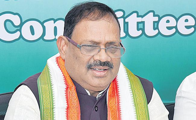Secular parties should support the Congress party - Sakshi