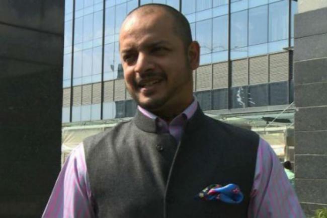 Kartik Backs Kings Punjab Captain Ashwins Mankad of Jos Buttler - Sakshi