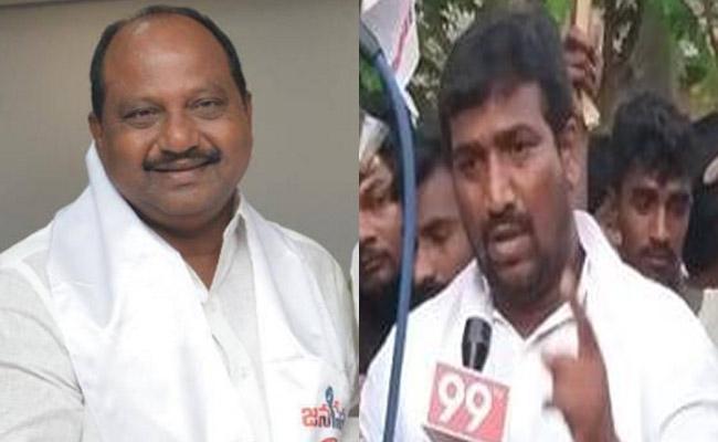 janasena Party Candidates Disputes In Payakaraopeta Constituency - Sakshi