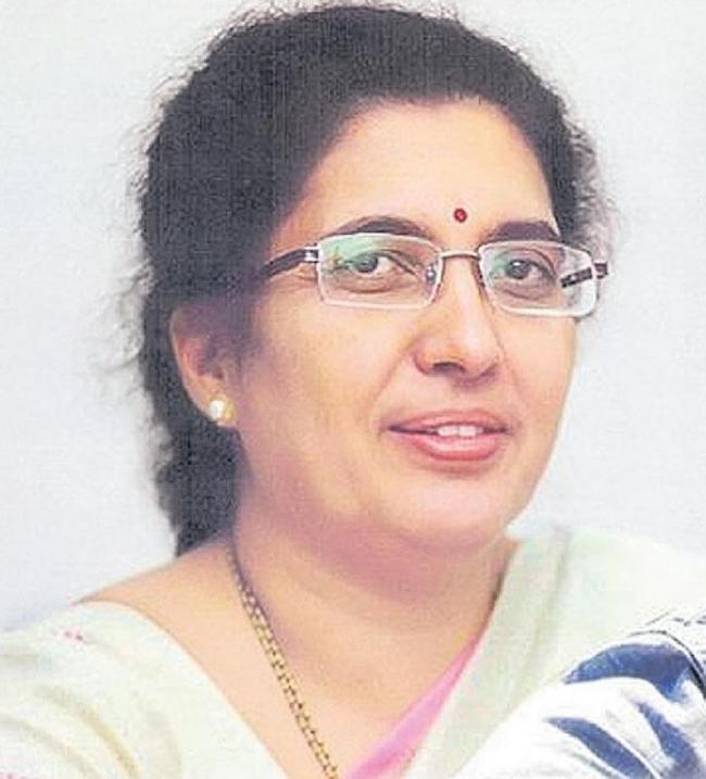 Tejaswini Ananth Kumar shocked she lost Bengaluru South seat - Sakshi
