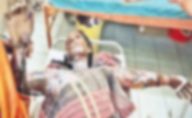 Boyfriend Petrol Attack on Women in Medchal - Sakshi