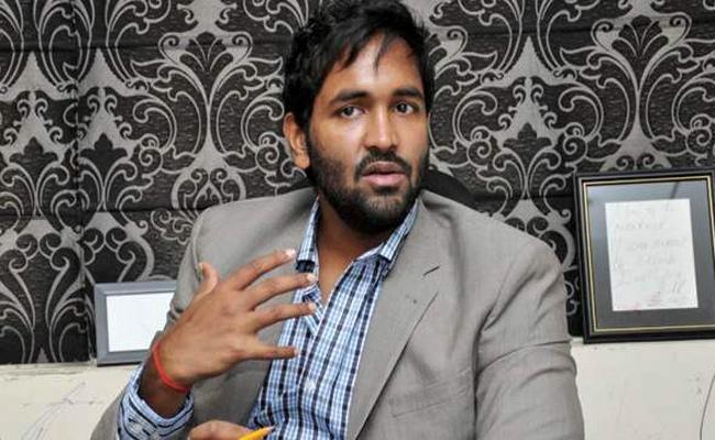 Manchu Vishnu Complaint Against TDP Activists - Sakshi