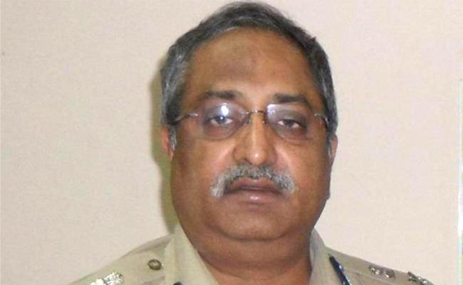 AP intelligence chief AB Venkateswara Rao transferred  - Sakshi