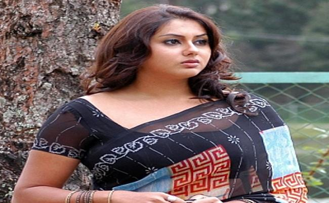 Flying Squad Check To Namitha Car - Sakshi