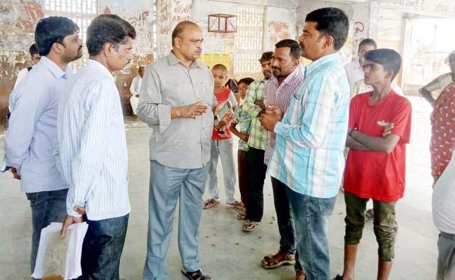 villagers fired on dm - Sakshi