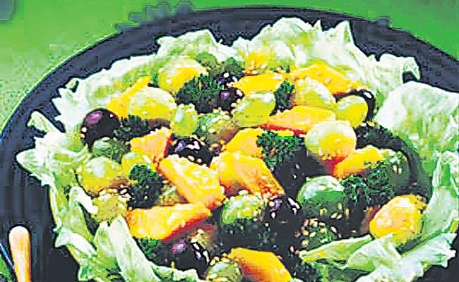 Serve the pieces of dressing fruit and serve - Sakshi