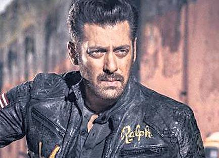 wrap for Salman Khan starrer Bharat - Sakshi