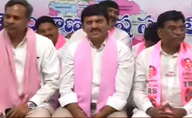 I Will Be Committed To KCRs Decision Said By MP Ponguleti Srinivasa Reddy - Sakshi