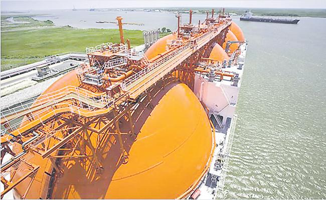 Natural gas prices to rise by 10% - Sakshi