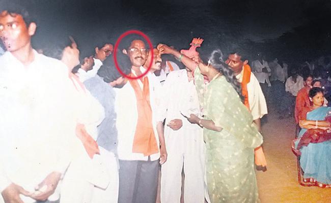 Yellow Media Hate Campaign On YSR Congress Party In Gajuwaka - Sakshi