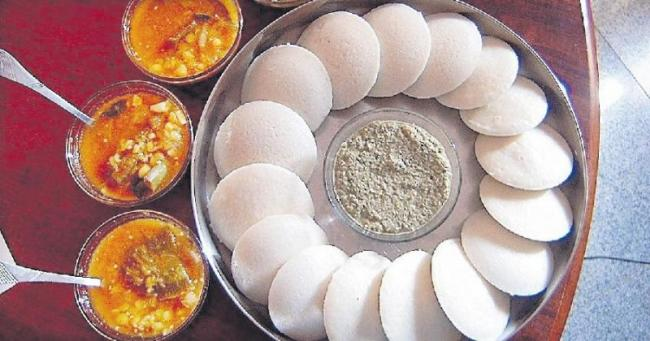 Bengaluru relishes idli the most in India - Sakshi