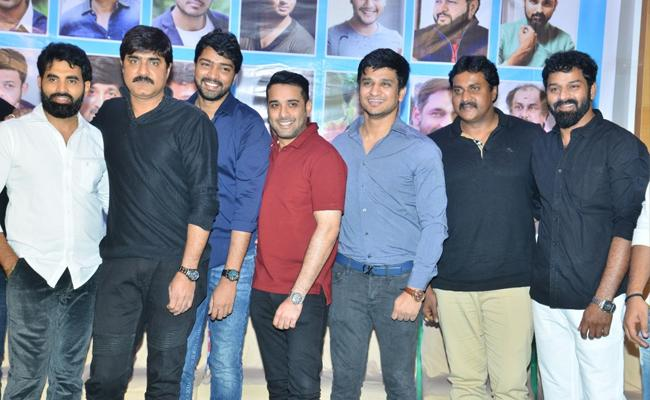 Hyderabad Talwars Along With TCA  Cinema Meets Cricket For Cancer Awarness - Sakshi