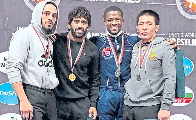 Indian wrestler Bajrangi Punia began his new season with a gold medal - Sakshi