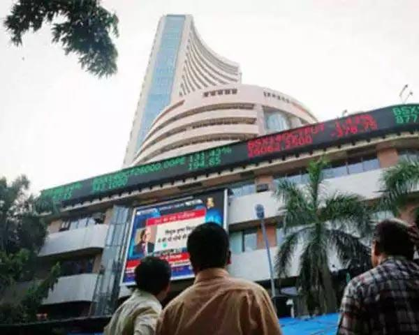 Sensex gains 196 pts, Nifty tops 10850 - Sakshi