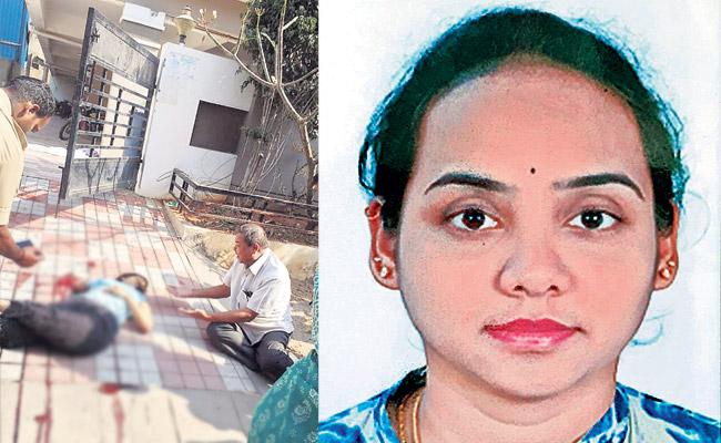 Married Woman Commits Suicide in Extra Dowry Harassments - Sakshi
