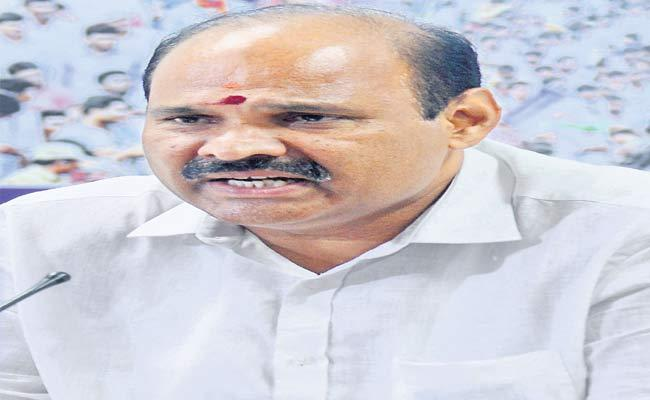 YSRCP Leader Parthasarathy Slams Chandrababu Over IT Grids Data Breach - Sakshi