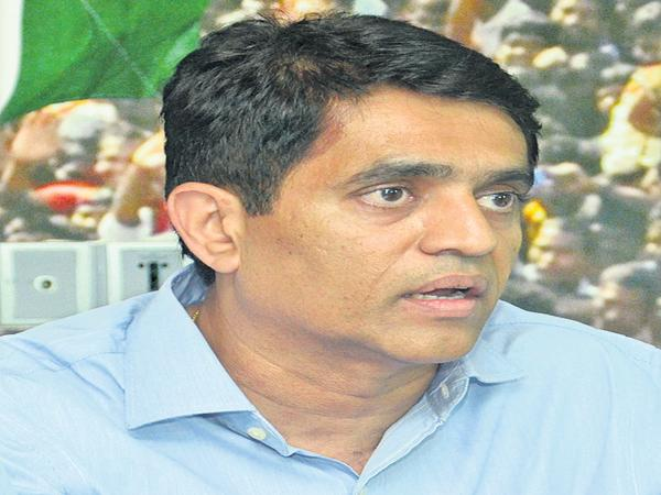 Bhuggana Rajendranath comments on Chandrababu about Votes Removal - Sakshi