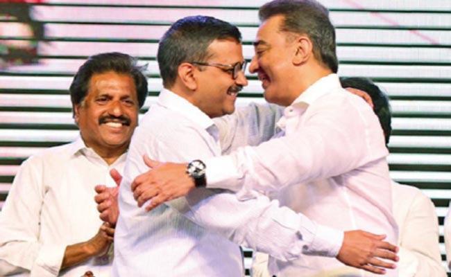 Kamal Haasan Fallows Arvind Kejriwal Political Style - Sakshi