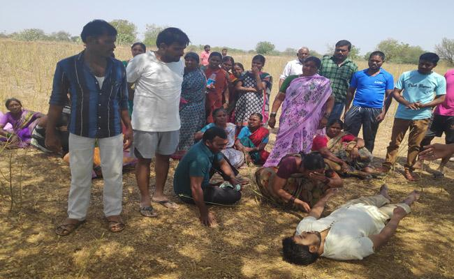 Man Committed Suicide In Siddhipet  - Sakshi