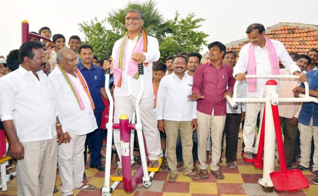 T. Harish Rao Started Open GYMs In Siddhipet - Sakshi