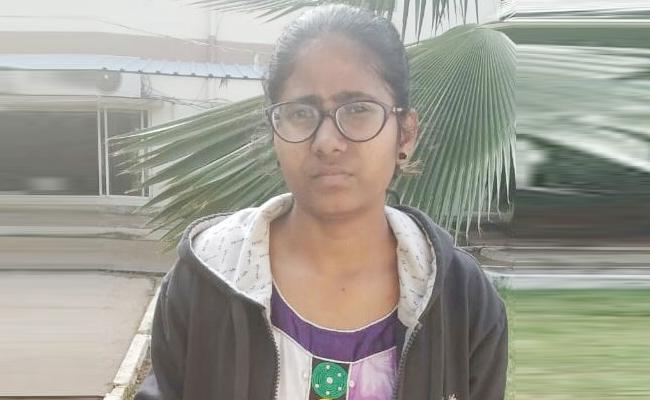 Maoist Member Arrest in Visakhapatnam - Sakshi