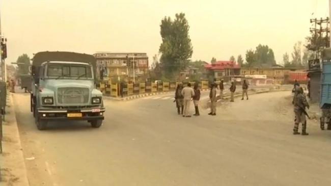 Terrorist Killed  Search Operations Underway Over Handwara Encounter - Sakshi