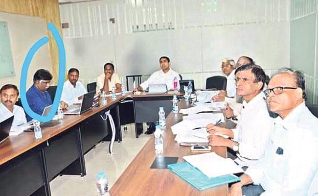ap-news-telangana-news-it-grids-dakavaram-ashok-cl