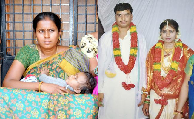 Wife Protesting Infront of Husband Home in Anantapur - Sakshi