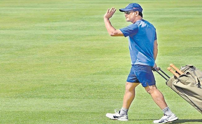India Look to Seal Series in Dhonis Hometown Against Insipid Visitors - Sakshi