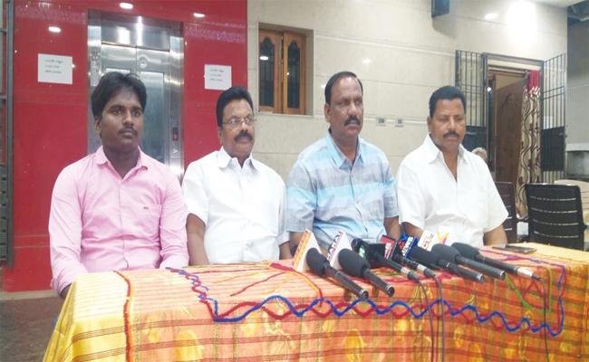 Fake Cases Files on YSRCP Leaders Chittoor - Sakshi