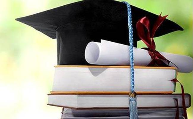 Indian Degrees to Get Equivalency in UAE - Sakshi