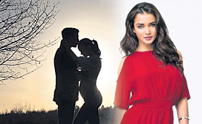 Amy Jackson expecting first child - Sakshi