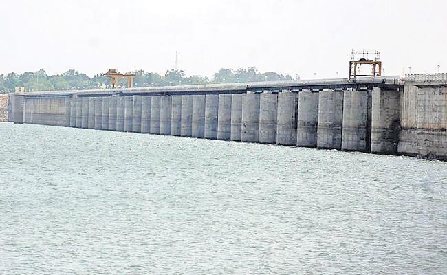 Karnataka raises Almatti dam height - Sakshi