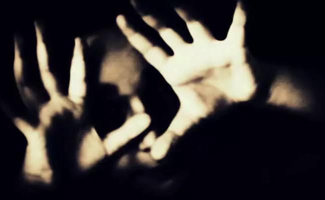 Father Molestation on Daughter in Hyderabad - Sakshi