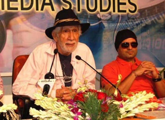 Shah Rukh Khan Fauji Maker Colonel Raj Kapoor Passed Away - Sakshi