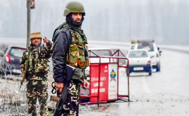 Police Issue Alert On Suicide Attack In Kashmir Over Lok Sabha Polls - Sakshi