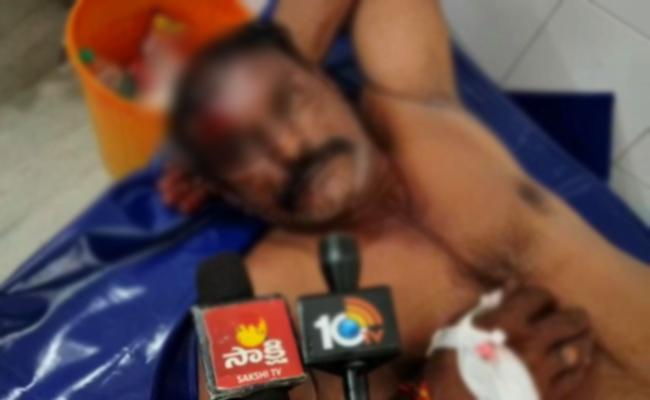 YSRCP Worker Died At Tadipatri Anantapur - Sakshi