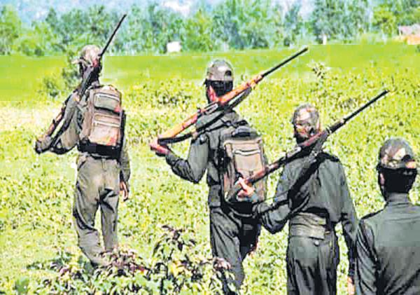 Maoists attack on police in Gadchiroli District - Sakshi