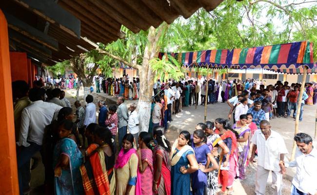 Above 80 percent of the polling in Andhra Pradesh - Sakshi