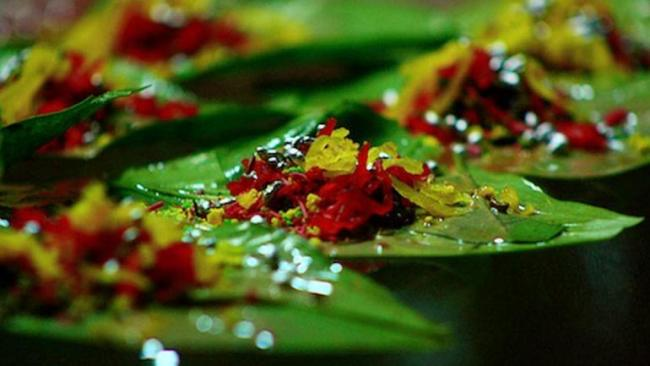 UK Leicester  Will Find You Rs 13k For Spitting Paan - Sakshi