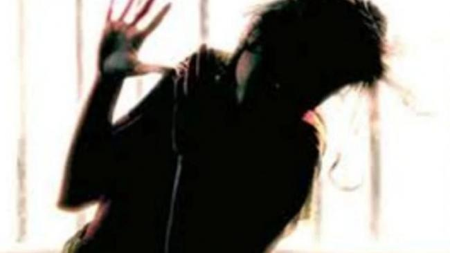 Kathua Rape Victim Father Duped Of Donation Money - Sakshi