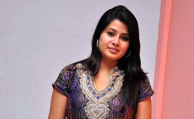 Mother Complaint Against Actress Sangeetha in Tamil Nadu - Sakshi