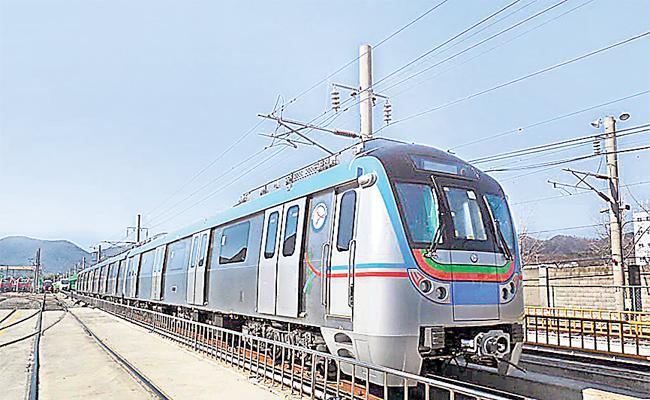 Madhapur Metro Station Services Starts From Today - Sakshi